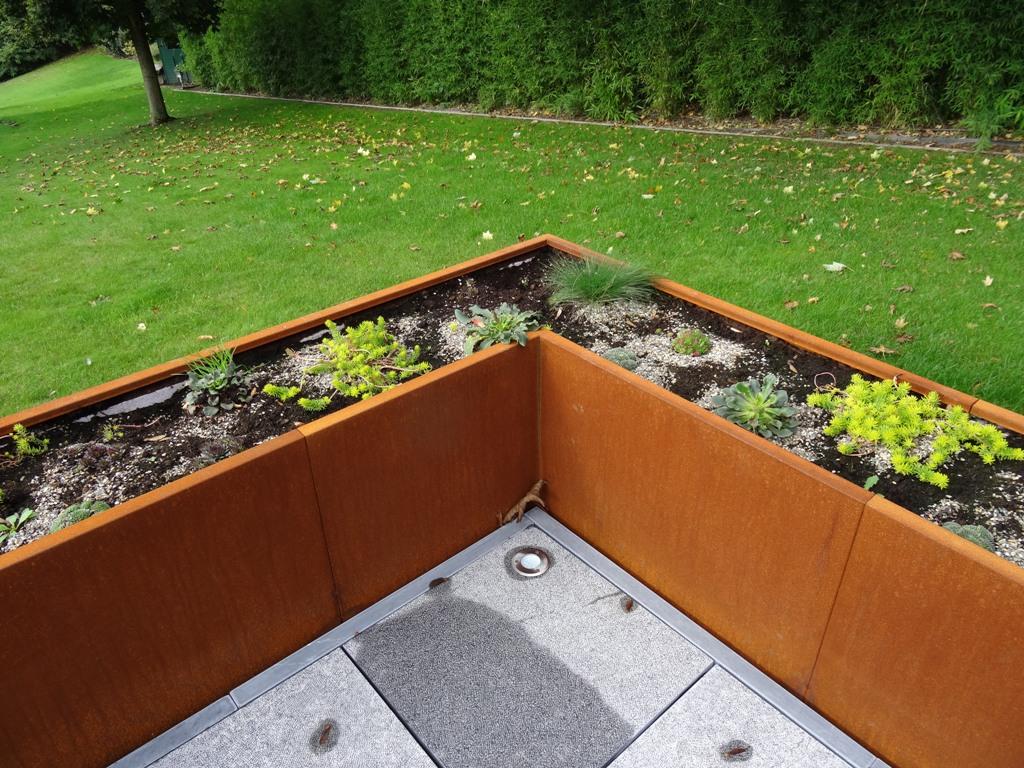 Angle de Terrasse de jardinières corten en ligne