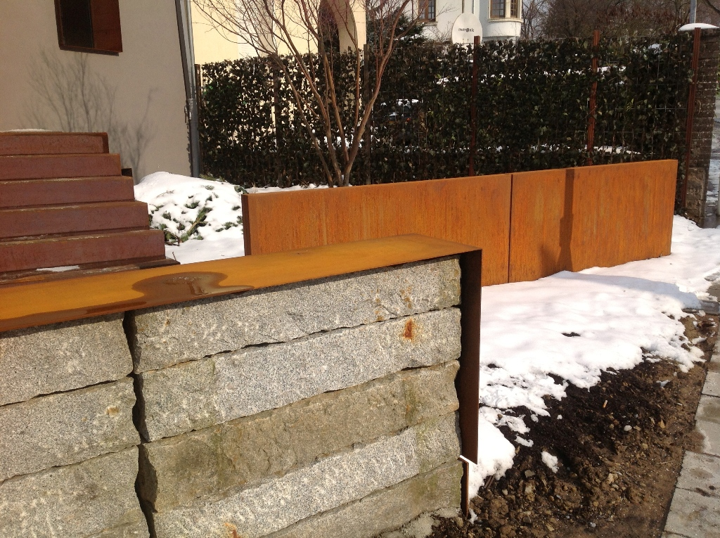 jardiniere acier sur mesure fontaine bordure. Black Bedroom Furniture Sets. Home Design Ideas