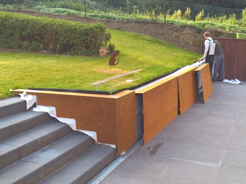 couvre-mur corten 2mm dont decoupe d'un escalier