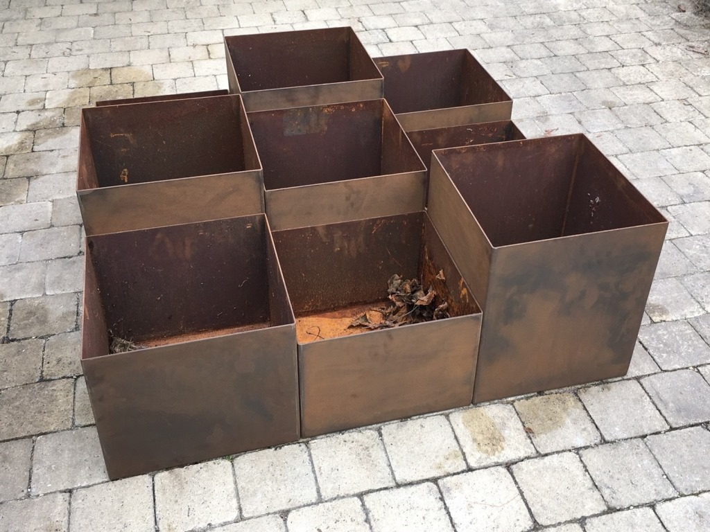Artica corten 35x35cm, hauteur variable