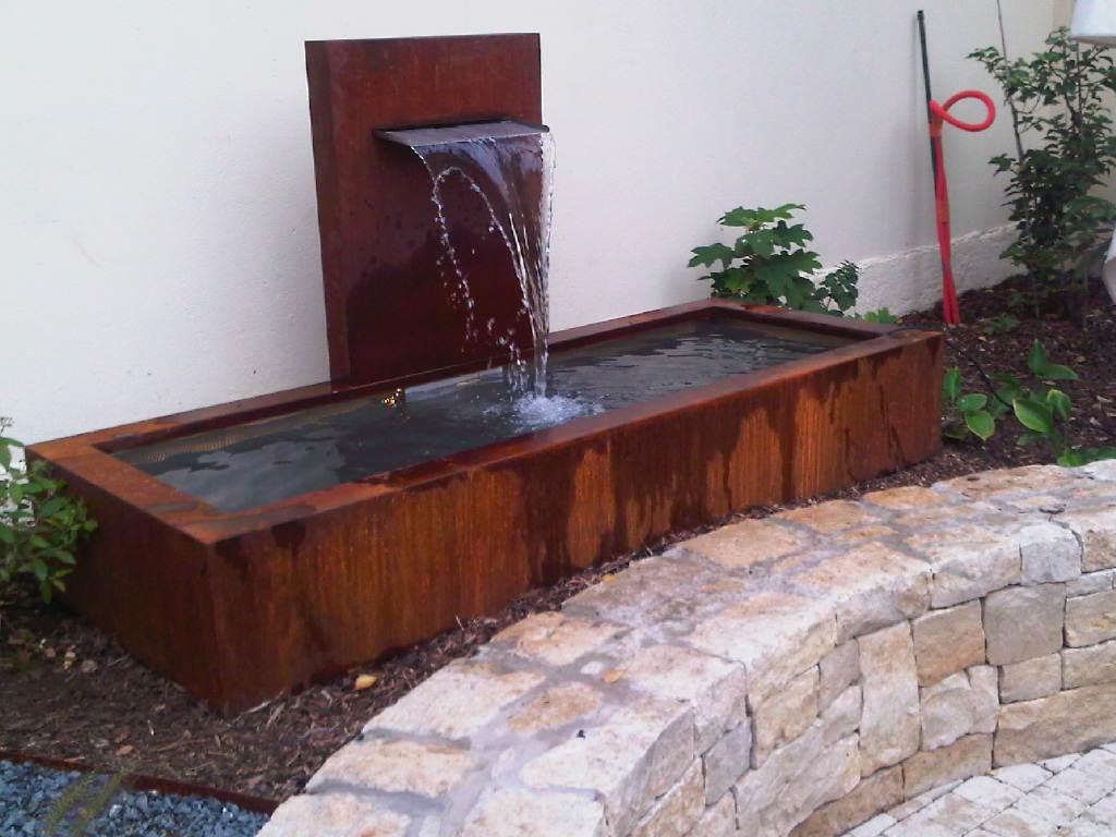 Fontaine démontable acier corten-inox, 200x80x110cm